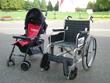 (左)ベビーカー(右)車椅子